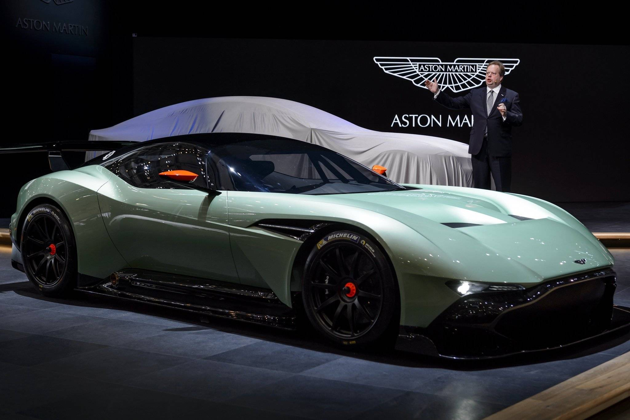 2015 Aston Martin Vulcan Specifications
