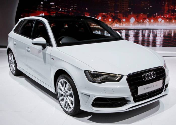 hire audi q3 2 0 tdi special edition uk lowest prices. Black Bedroom Furniture Sets. Home Design Ideas