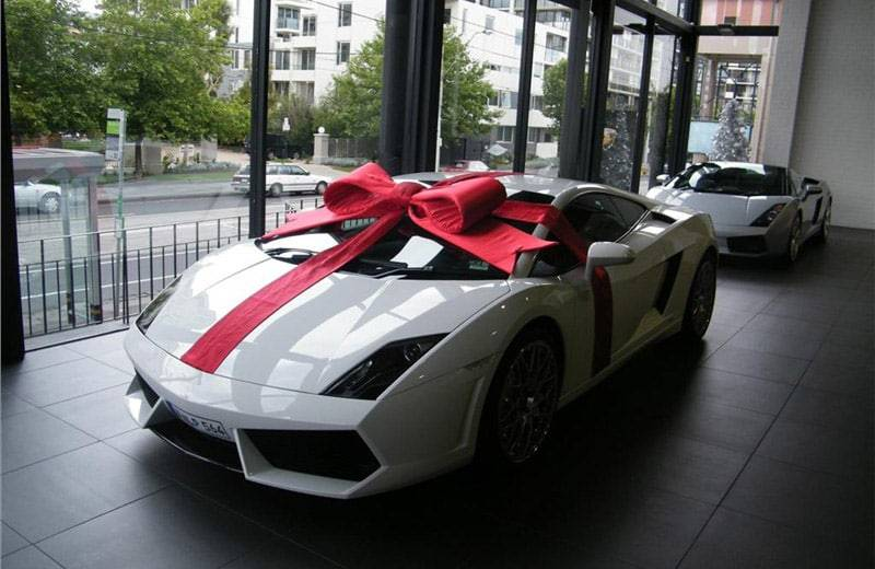 Christmas Gifts for Him: The Most Expensive Gifts for Car Fanatics in the World
