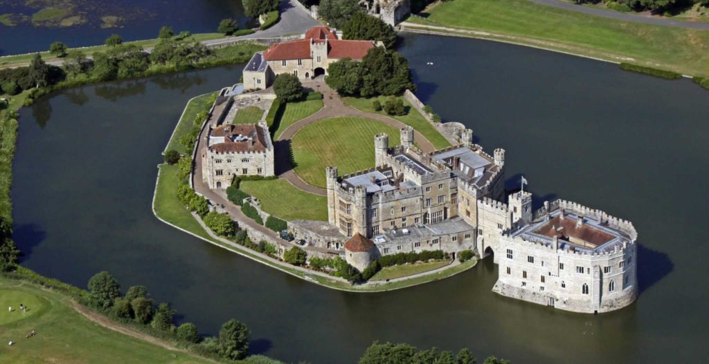 leeds castle 1024x527 - Luxury Chauffeur Driven Tours: The Best Way to See London Castles