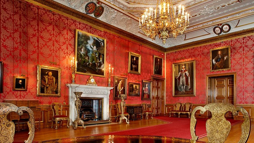 windsor castle - Luxury Chauffeur Driven Tours: The Best Way to See London Castles