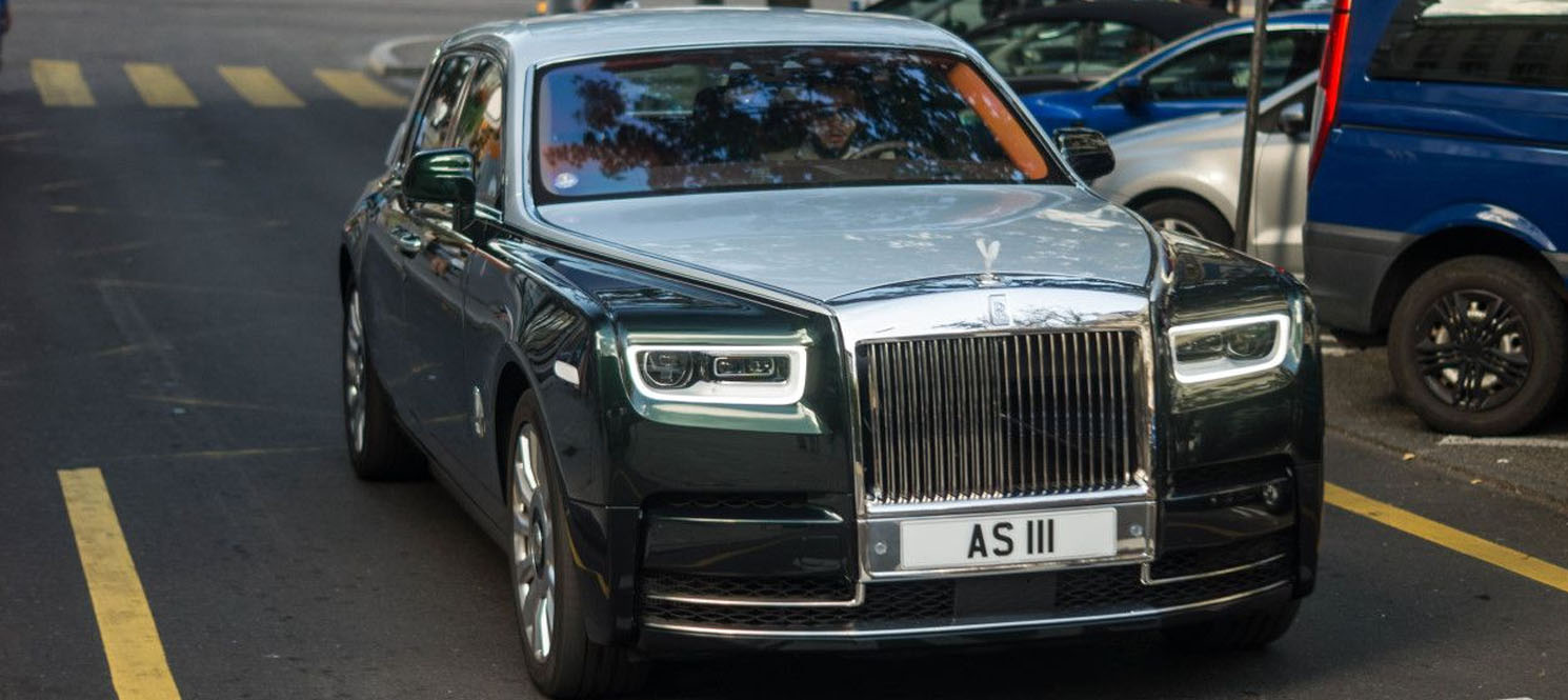 Rolls Royce Phantom vIII Wedding car hire